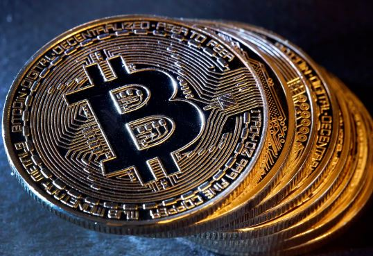 Google searches for 'bitcoin' nosedive 75% this year as interest in struggling cryptocurrency wanes